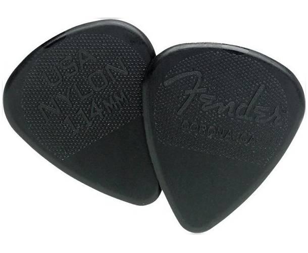FENDER - Fender® Nylon Pick 1.14 12 Count
